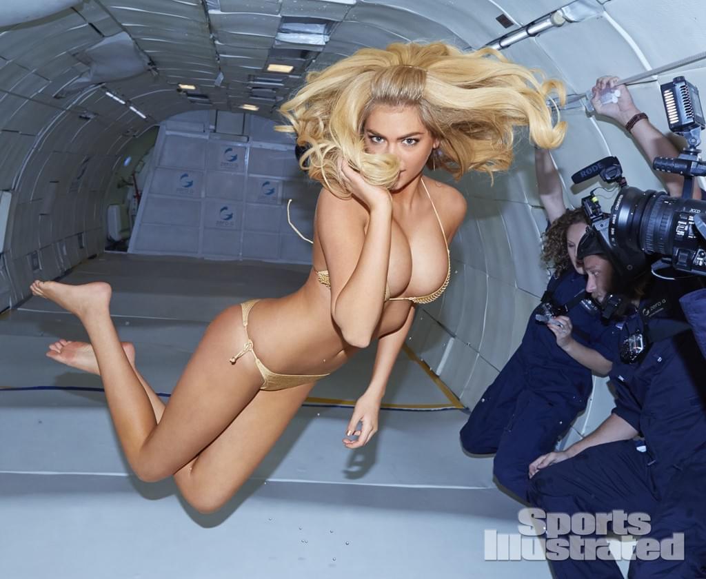 名模 Kate Upton 無重力的比基尼泳衣照