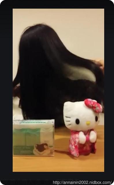 影片: 警告 半夜 膽小慎入 @_@ #絕潤感 #撥頭髮 #KITTY沒頭髮篇