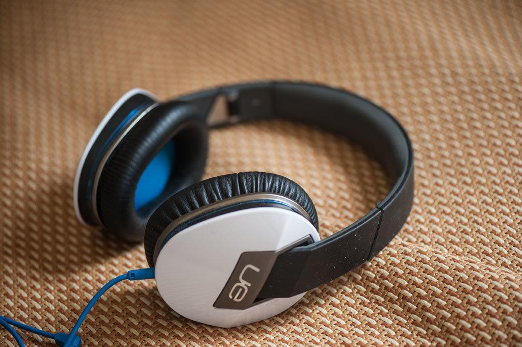 耳機融化了!  羅技 Logitech UE6000 開箱文...結論:不要買